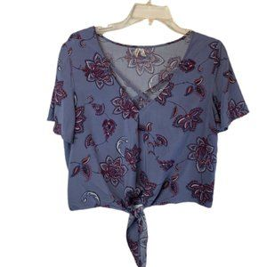 Mudd Knot Front Top with Criss Cross Front Cropped